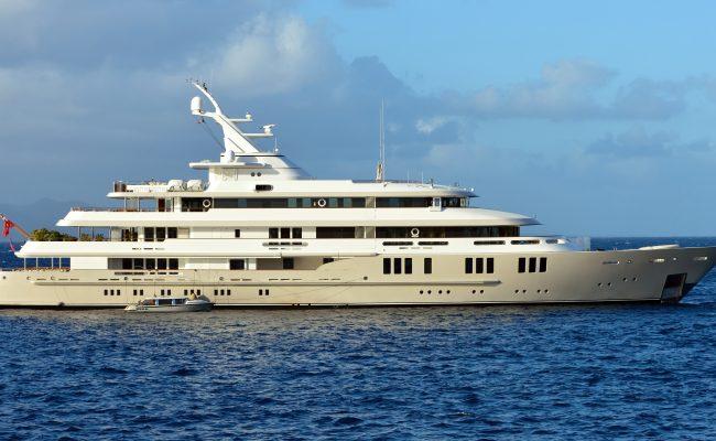 60 mts Yachts shutterstock_179046518